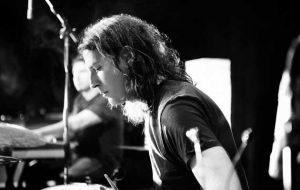 sean kinney on drums
