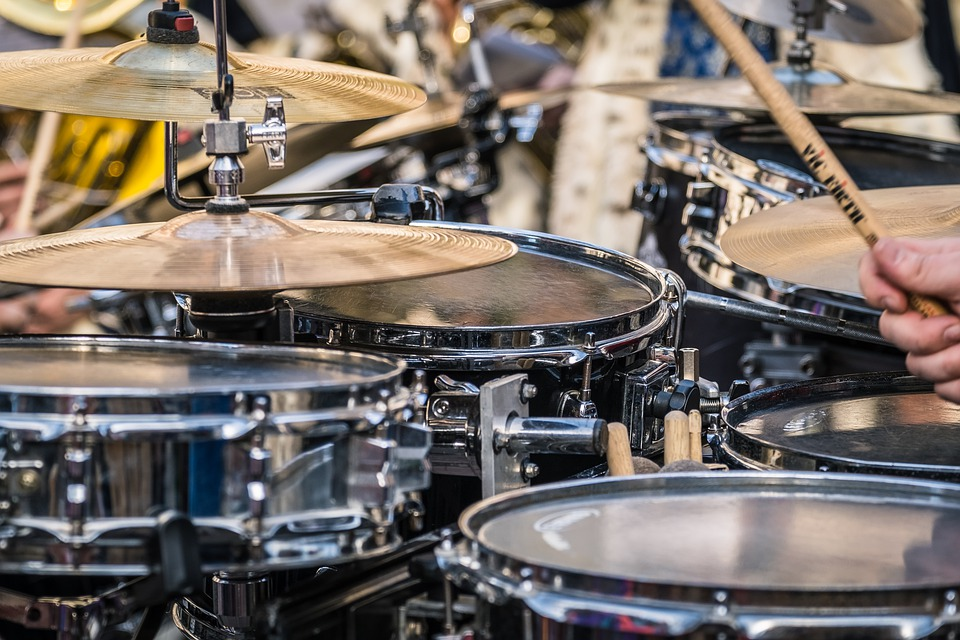 dw performance series review for drum kit