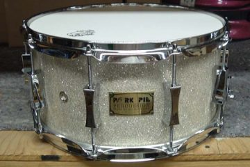 snare drum white