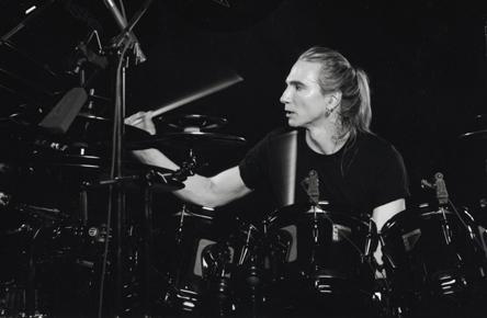 terry bozzio checking drum set up