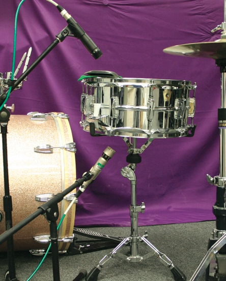 Miking the snare bed for crispness