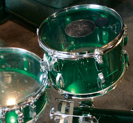 Silver dot head on Ludwig Vistalite kit for 70s drum sound
