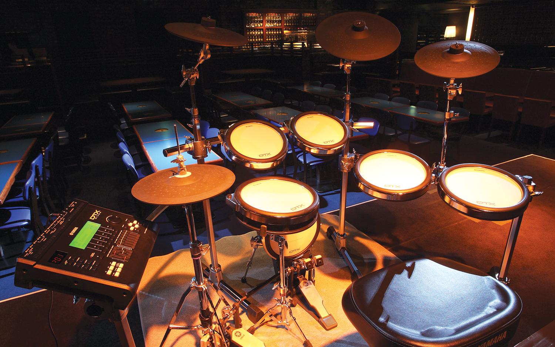 Electronic drum kit setup