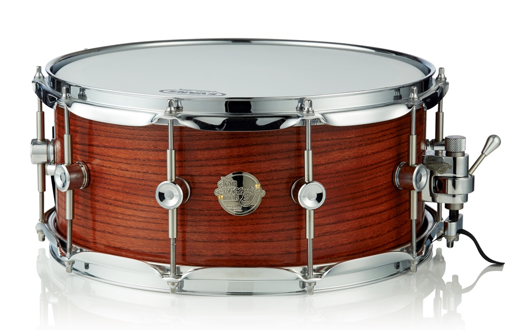 """The 14"""" x 5.5"""" high dosage solid elm snare has .75"""" bearing edges."""