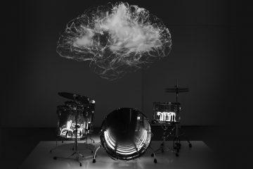 brain on drum set