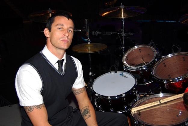 dean butterworth on drums