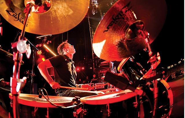 matt cameron playing on drums