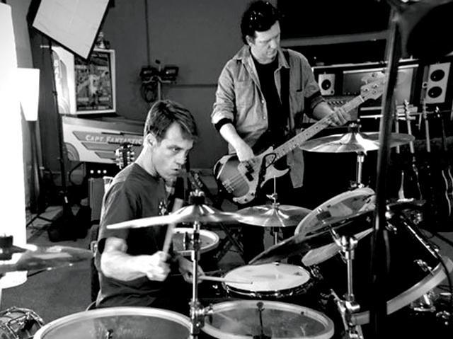 matt cameron with drums