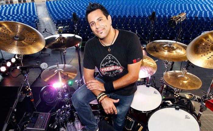 https://www.drummerworld.com/drummers/Rich_Redmond.html